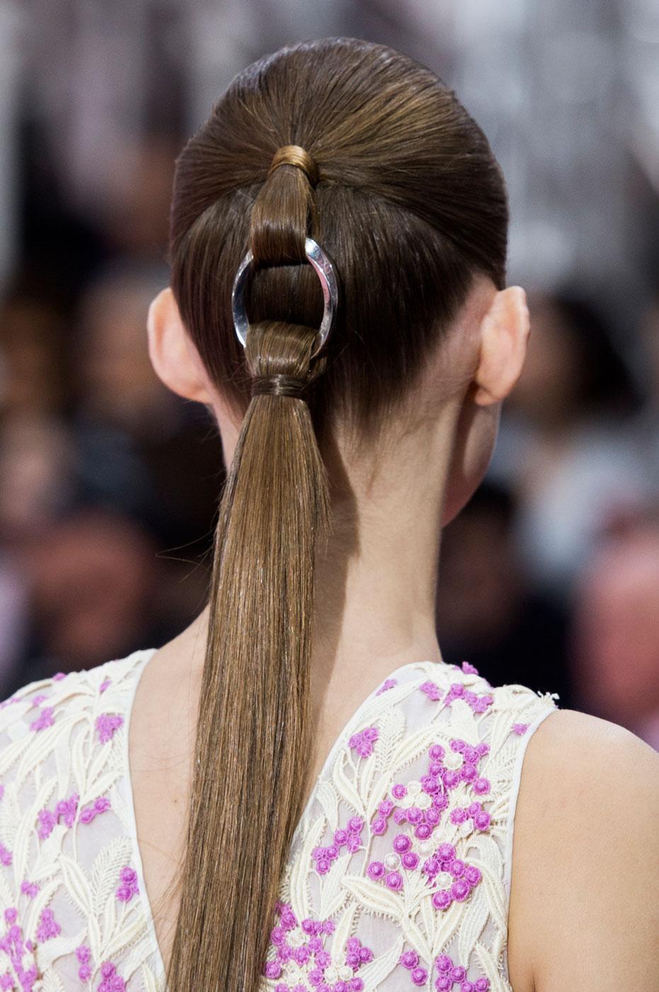 Christian-Dior-fashion-runway-show-close-ups-haute-couture-paris-spring-summer-2015-the-impression-189