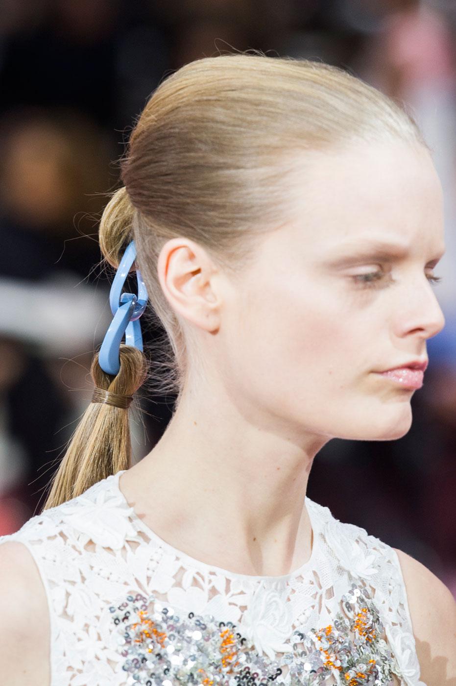 Christian-Dior-fashion-runway-show-close-ups-haute-couture-paris-spring-summer-2015-the-impression-194