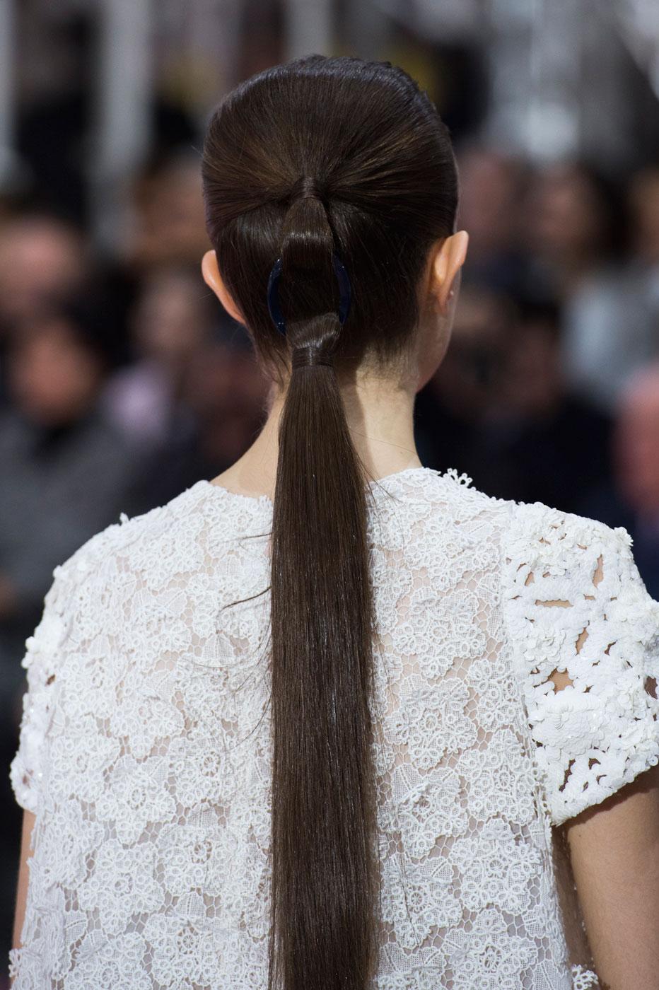 Christian-Dior-fashion-runway-show-close-ups-haute-couture-paris-spring-summer-2015-the-impression-198