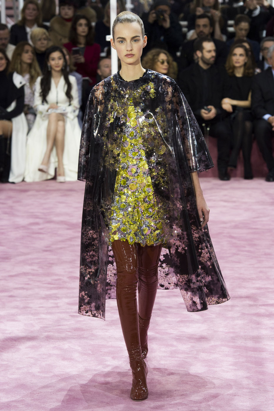 Christian-Dior-fashion-runway-show-haute-couture-paris-spring-summer-2015-the-impression-005