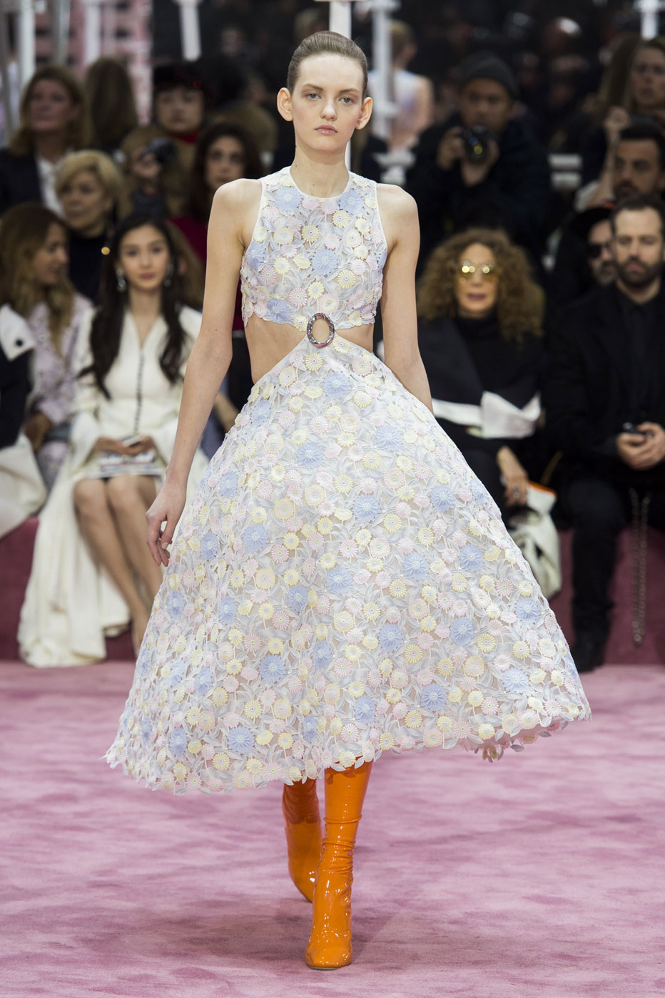 Christian-Dior-fashion-runway-show-haute-couture-paris-spring-summer-2015-the-impression-035