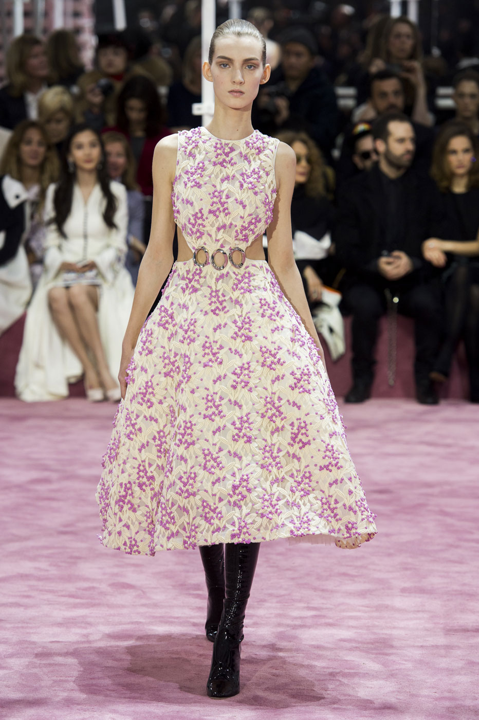 Christian-Dior-fashion-runway-show-haute-couture-paris-spring-summer-2015-the-impression-037