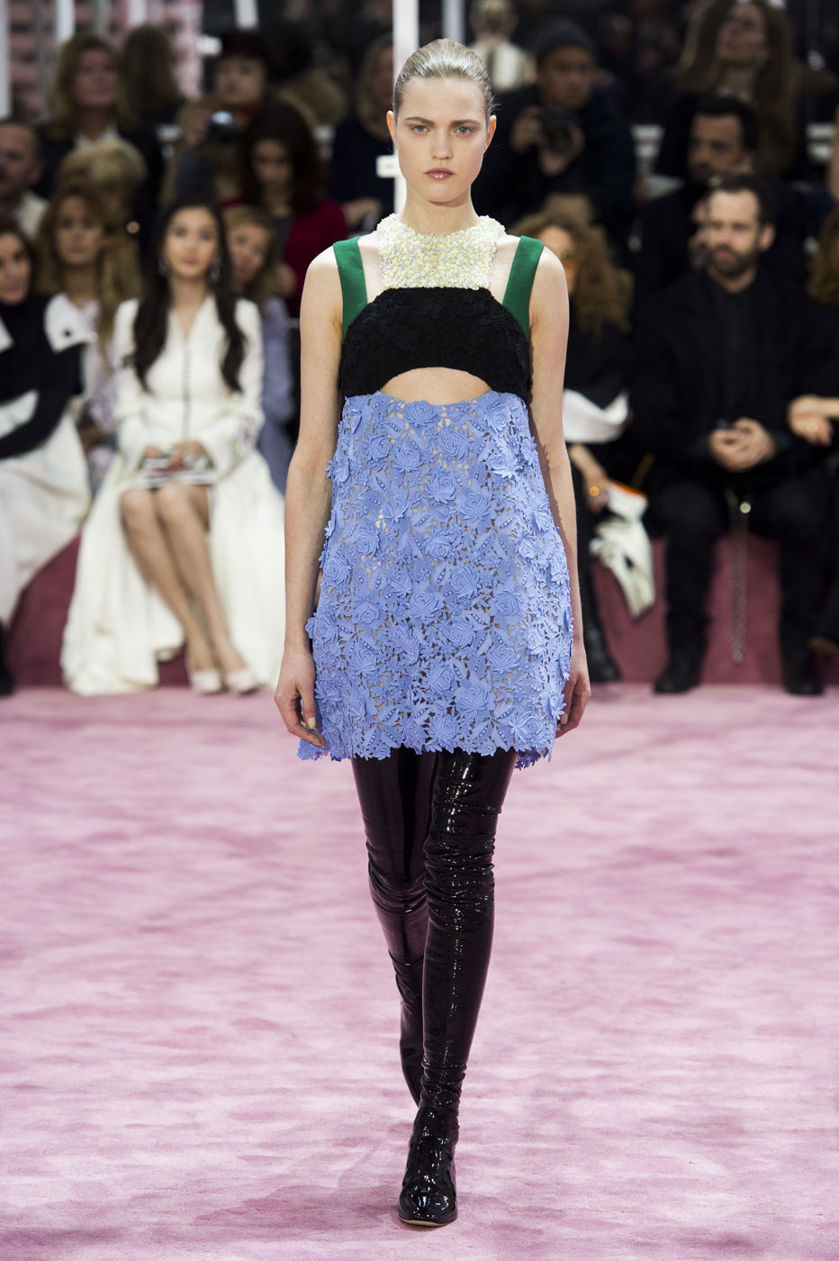 Christian-Dior-fashion-runway-show-haute-couture-paris-spring-summer-2015-the-impression-045