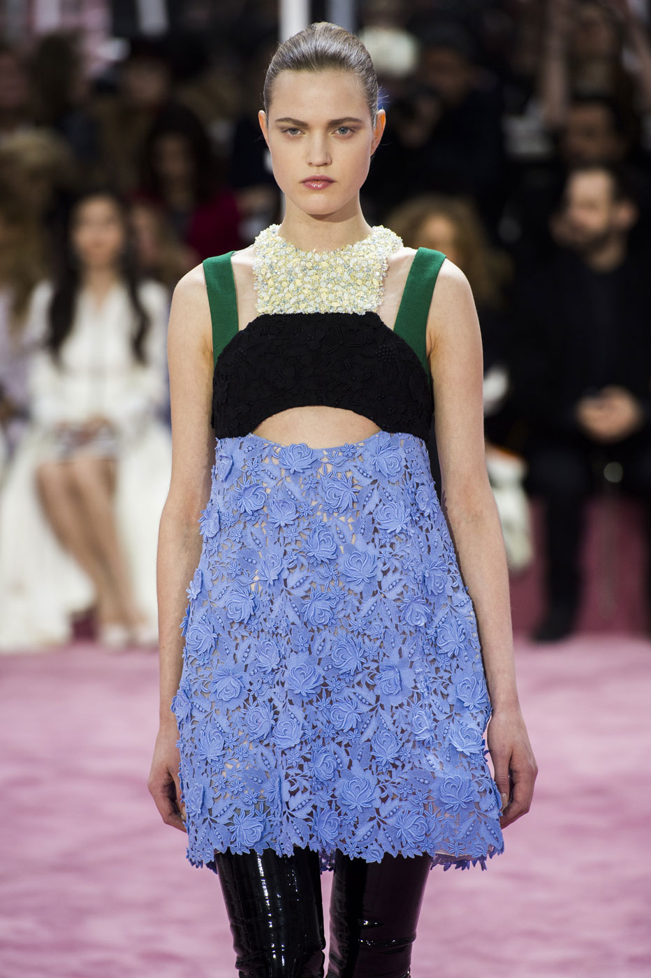 Christian-Dior-fashion-runway-show-haute-couture-paris-spring-summer-2015-the-impression-046