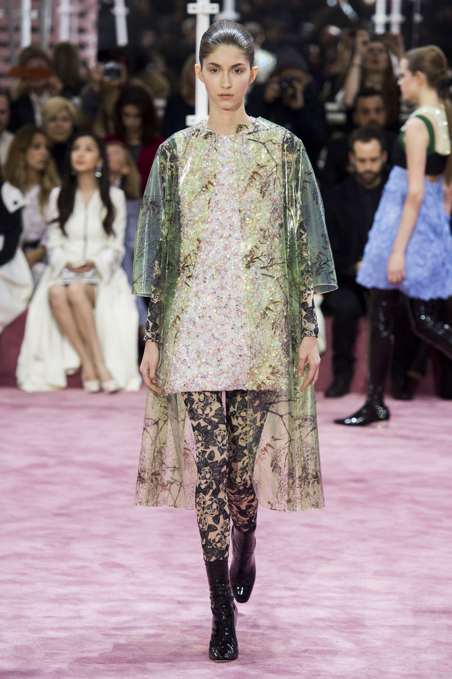 Christian-Dior-fashion-runway-show-haute-couture-paris-spring-summer-2015-the-impression-049