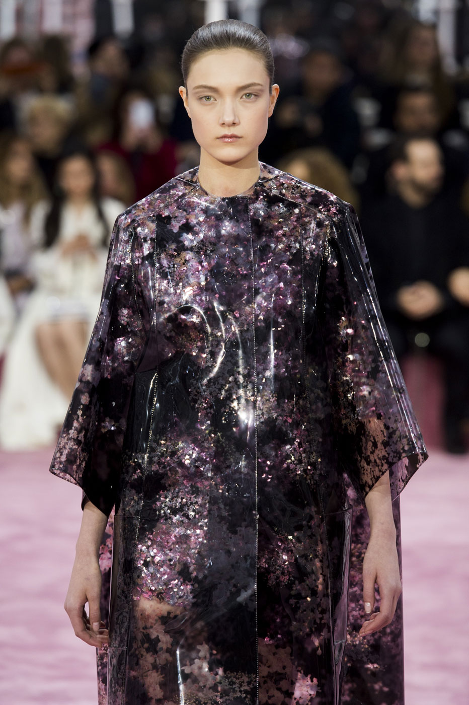 Christian-Dior-fashion-runway-show-haute-couture-paris-spring-summer-2015-the-impression-052