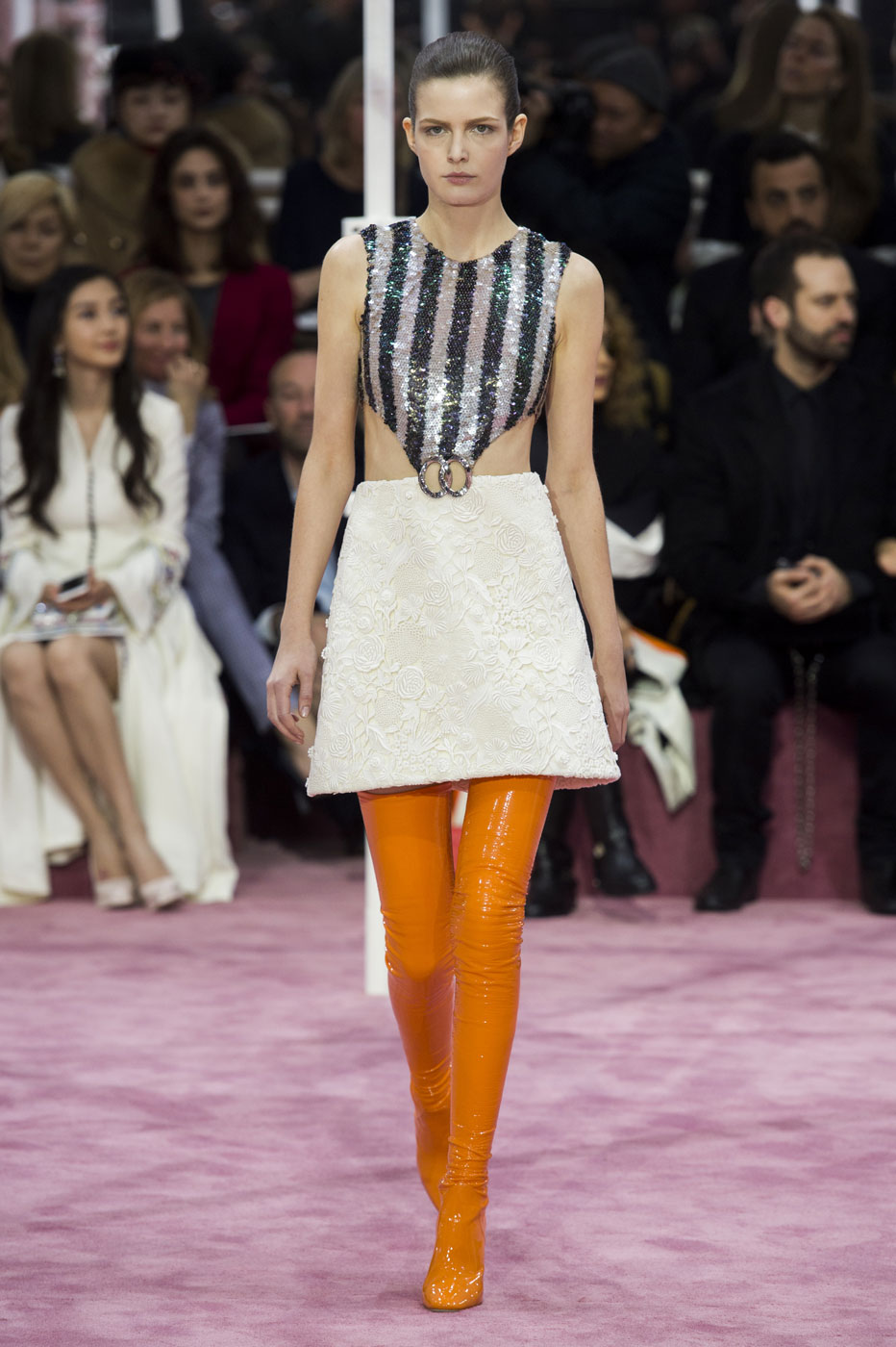 Christian-Dior-fashion-runway-show-haute-couture-paris-spring-summer-2015-the-impression-063