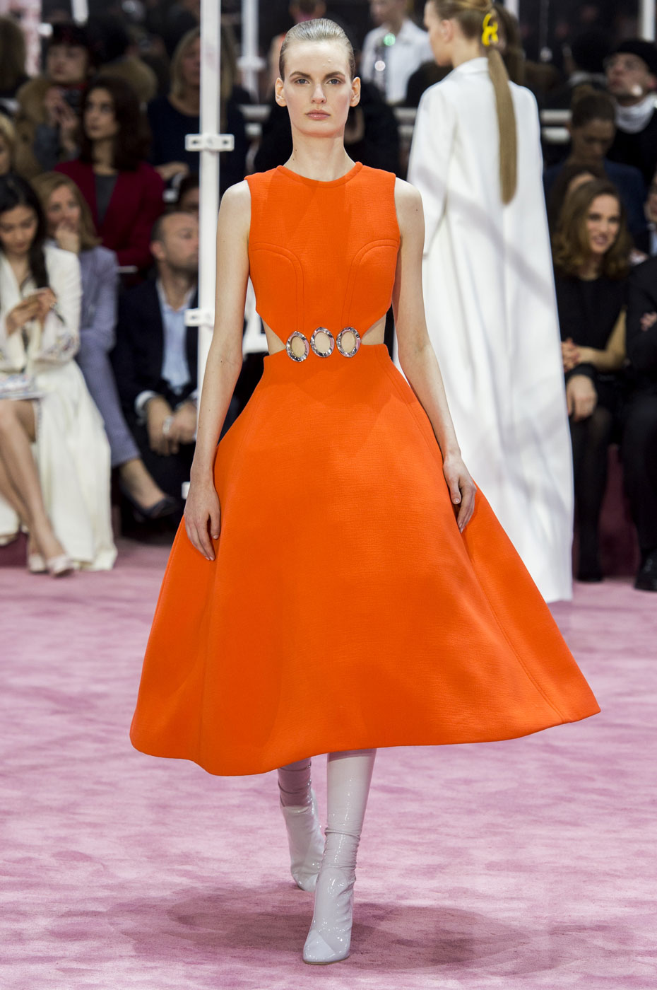 Christian-Dior-fashion-runway-show-haute-couture-paris-spring-summer-2015-the-impression-090