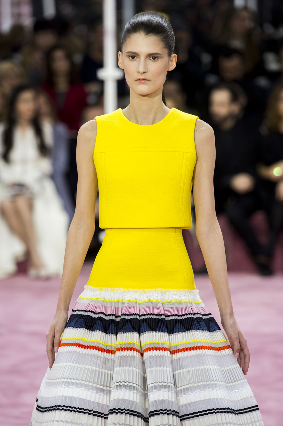 Christian-Dior-fashion-runway-show-haute-couture-paris-spring-summer-2015-the-impression-095