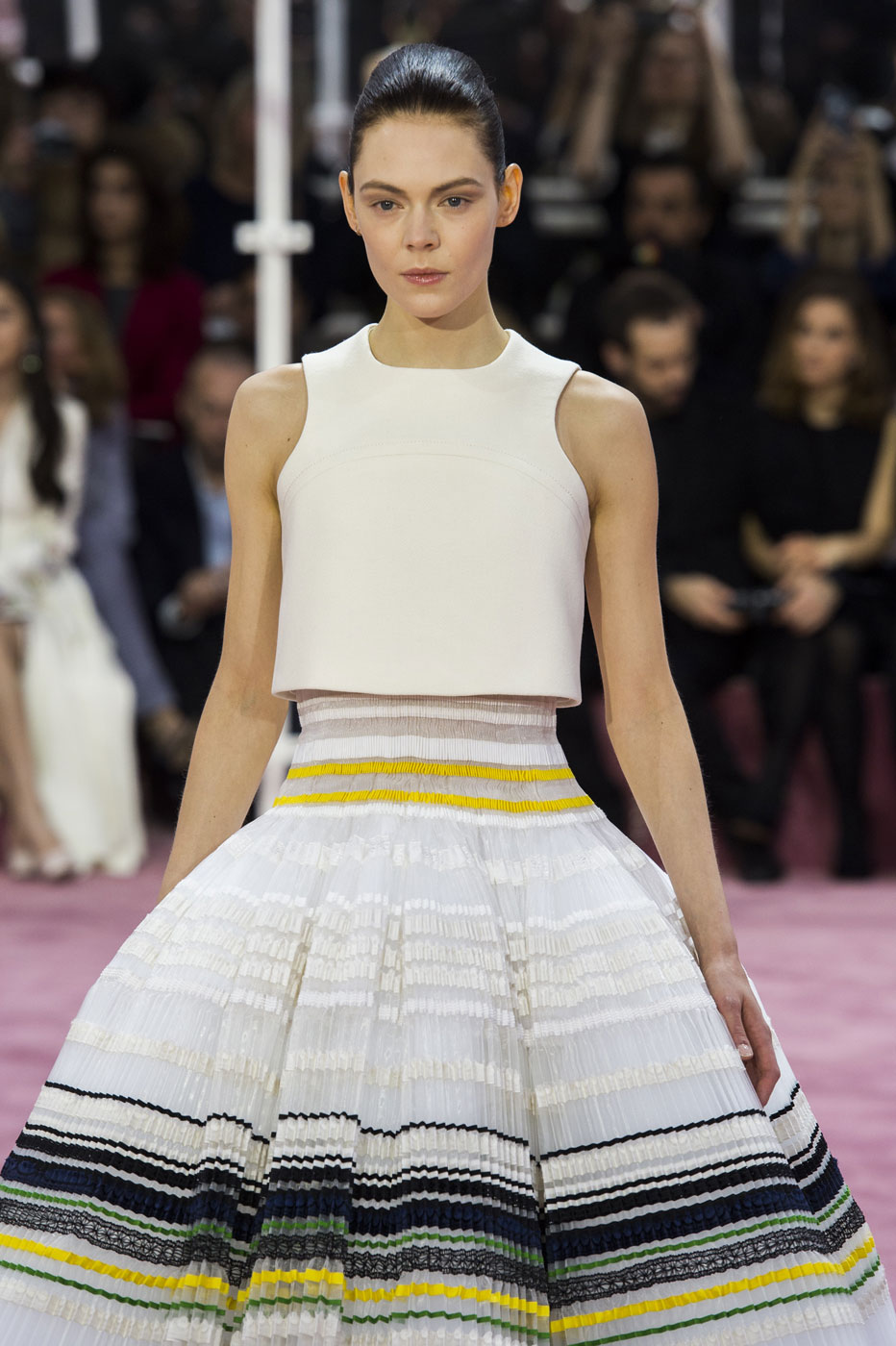 Christian-Dior-fashion-runway-show-haute-couture-paris-spring-summer-2015-the-impression-109