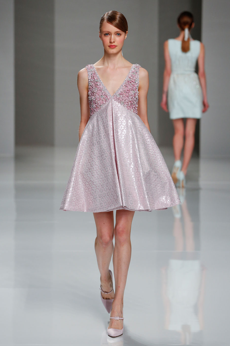 Georges-Hobeika-fashion-runway-show-haute-couture-paris-spring-2015-the-impression-09