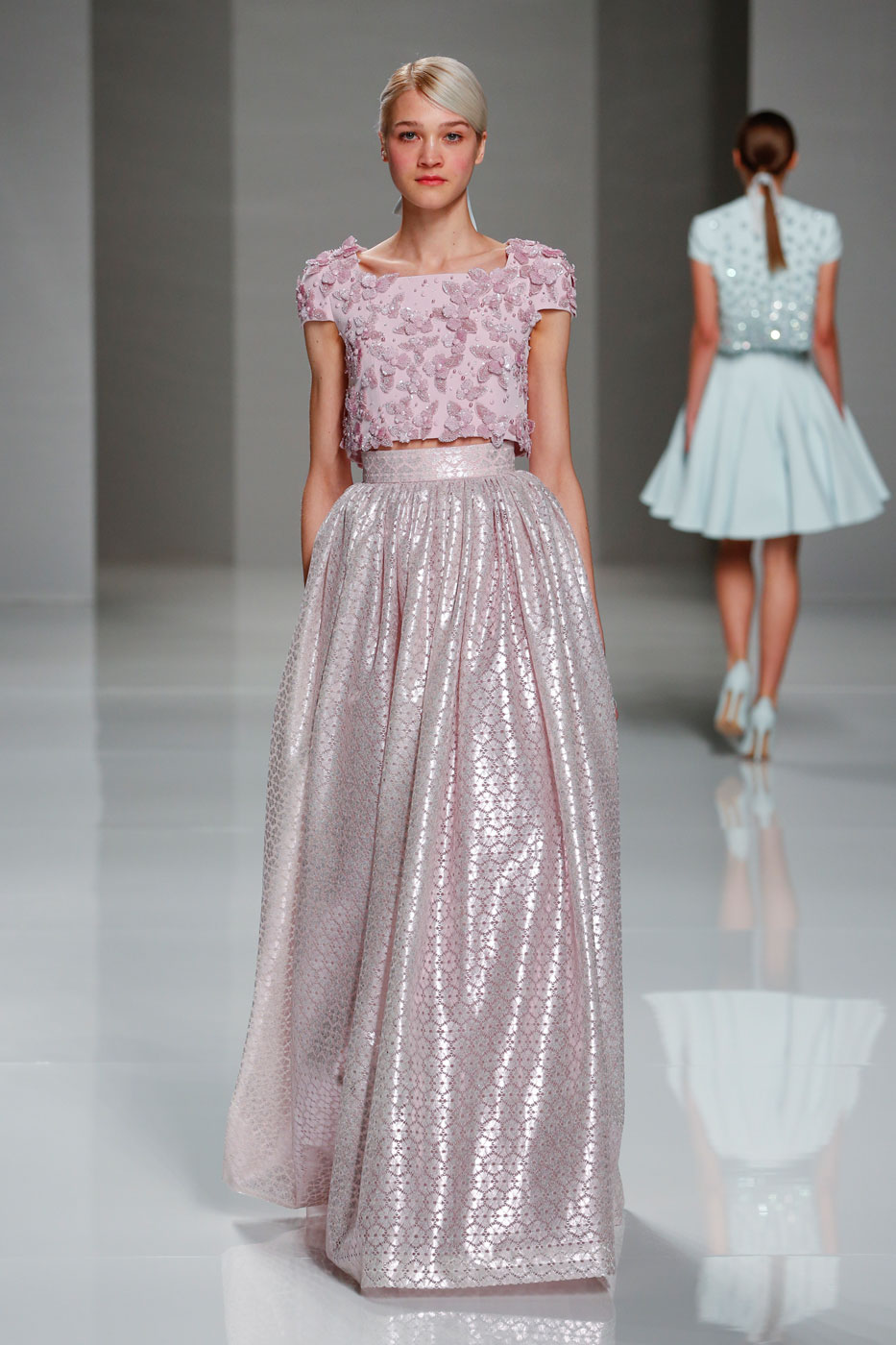 Georges-Hobeika-fashion-runway-show-haute-couture-paris-spring-2015-the-impression-13