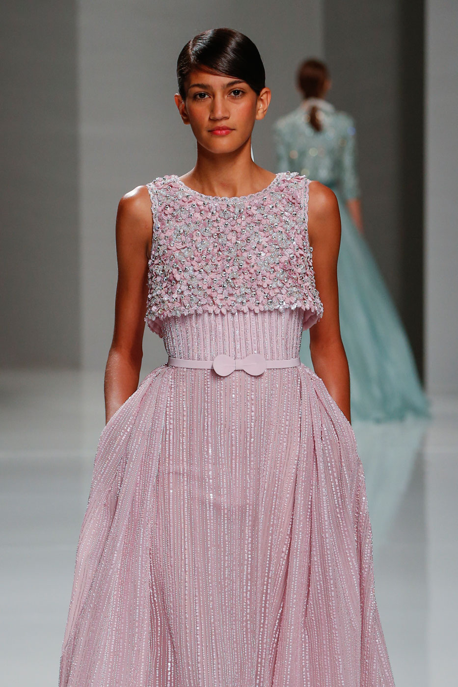 Georges-Hobeika-fashion-runway-show-haute-couture-paris-spring-2015-the-impression-22