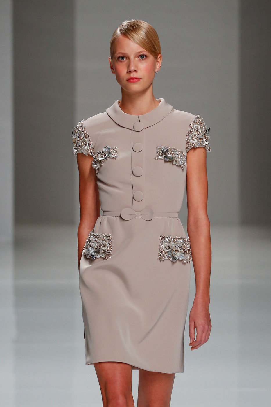 Georges-Hobeika-fashion-runway-show-haute-couture-paris-spring-2015-the-impression-34