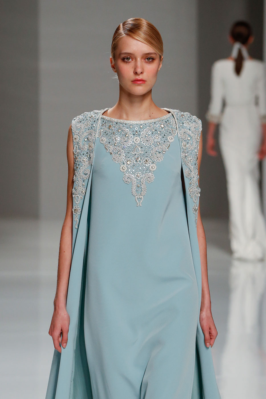 Georges-Hobeika-fashion-runway-show-haute-couture-paris-spring-2015-the-impression-38