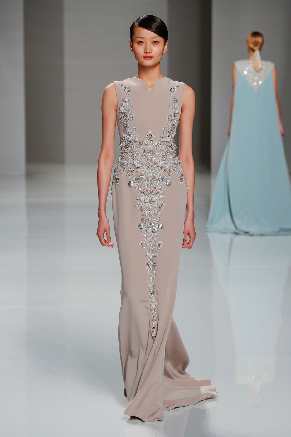 Georges-Hobeika-fashion-runway-show-haute-couture-paris-spring-2015-the-impression-39