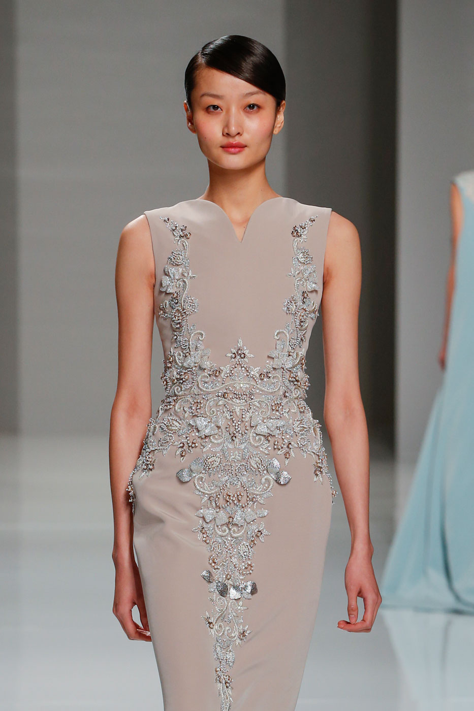 Georges-Hobeika-fashion-runway-show-haute-couture-paris-spring-2015-the-impression-40