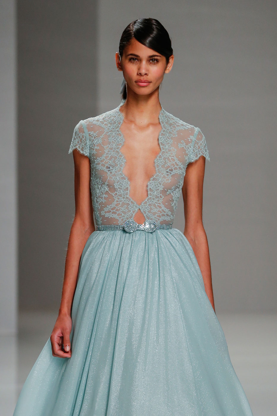 Georges-Hobeika-fashion-runway-show-haute-couture-paris-spring-2015-the-impression-42