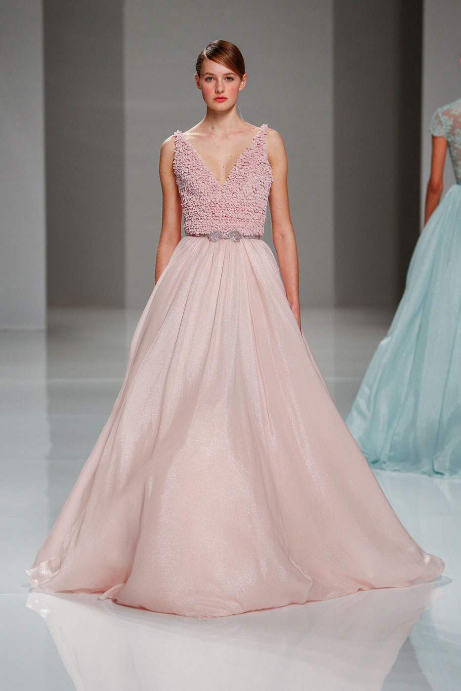 Georges-Hobeika-fashion-runway-show-haute-couture-paris-spring-2015-the-impression-43