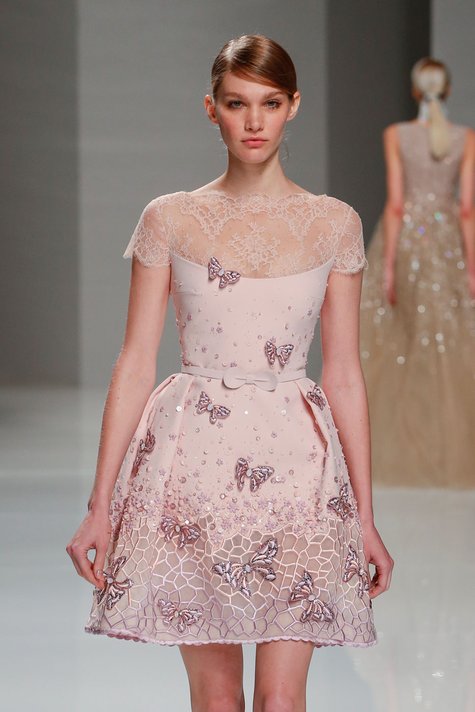Georges-Hobeika-fashion-runway-show-haute-couture-paris-spring-2015-the-impression-58