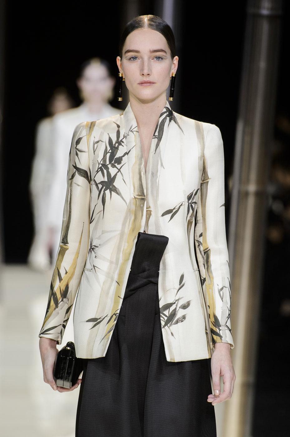Giorgio-armani-Prive-fashion-runway-show-haute-couture-paris-spring-2015-the-impression-006