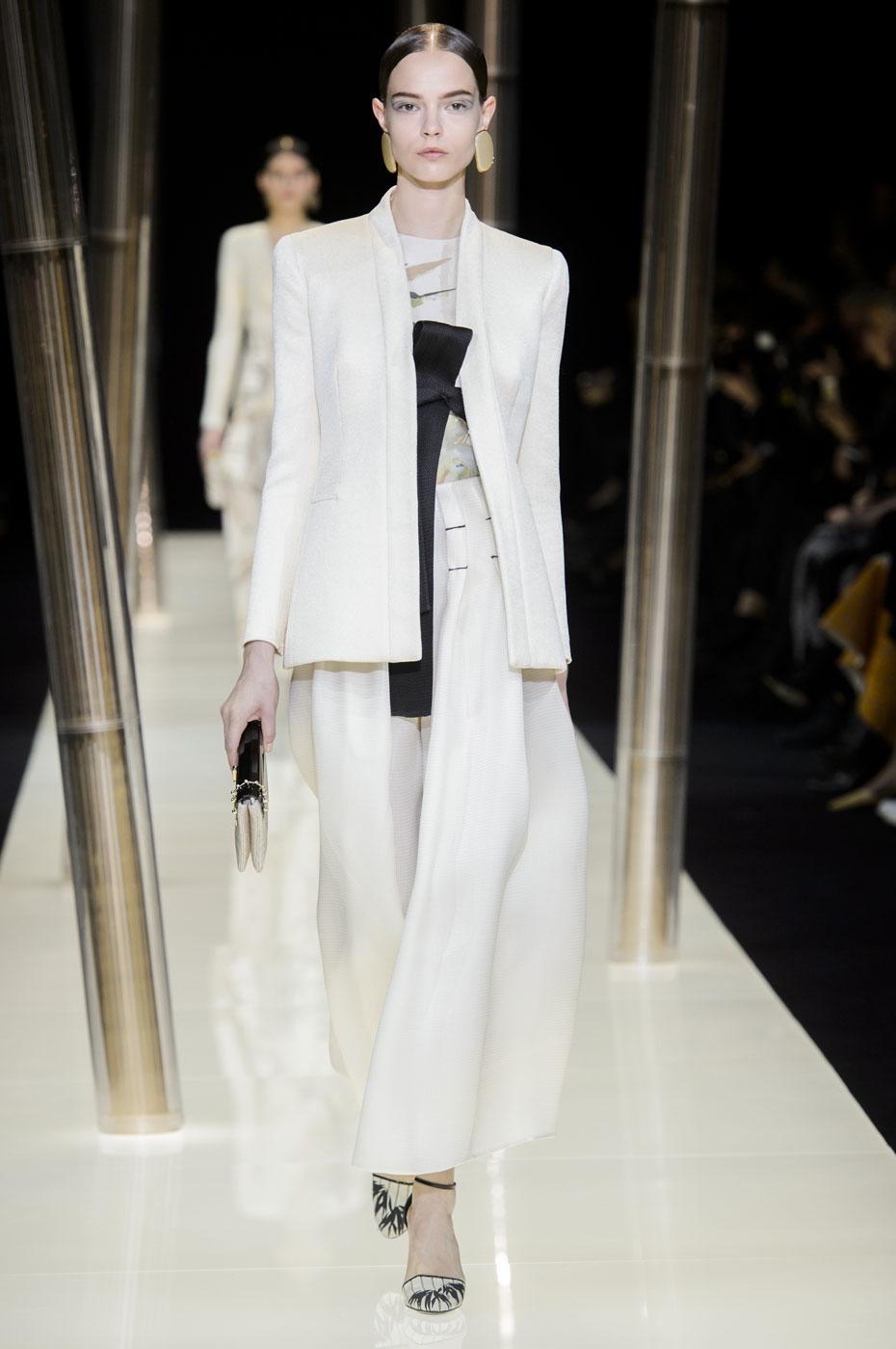 Giorgio-armani-Prive-fashion-runway-show-haute-couture-paris-spring-2015-the-impression-007