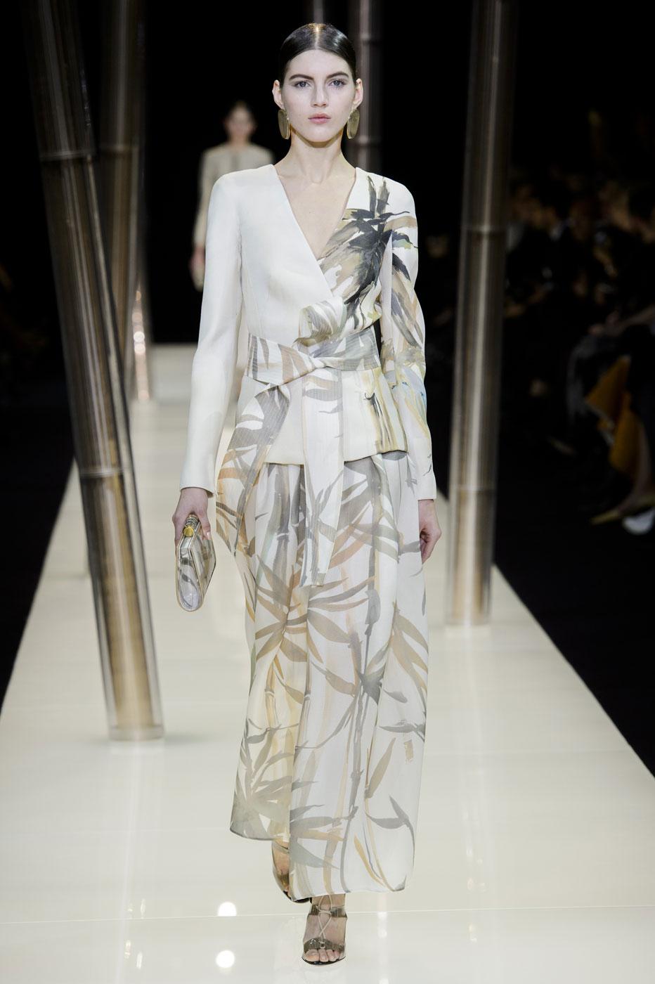 Giorgio-armani-Prive-fashion-runway-show-haute-couture-paris-spring-2015-the-impression-009