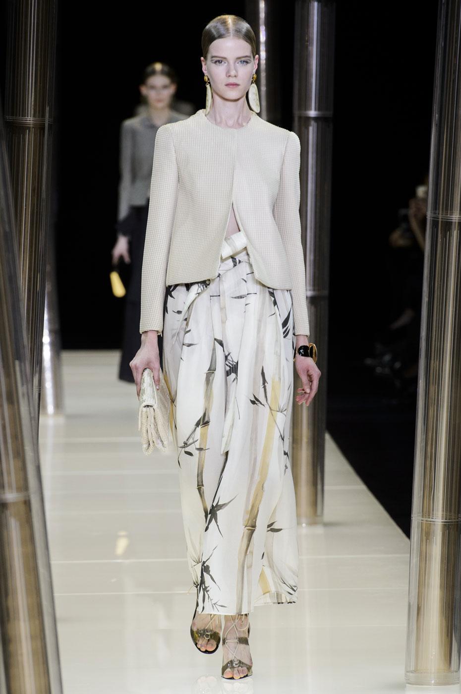 Giorgio-armani-Prive-fashion-runway-show-haute-couture-paris-spring-2015-the-impression-013