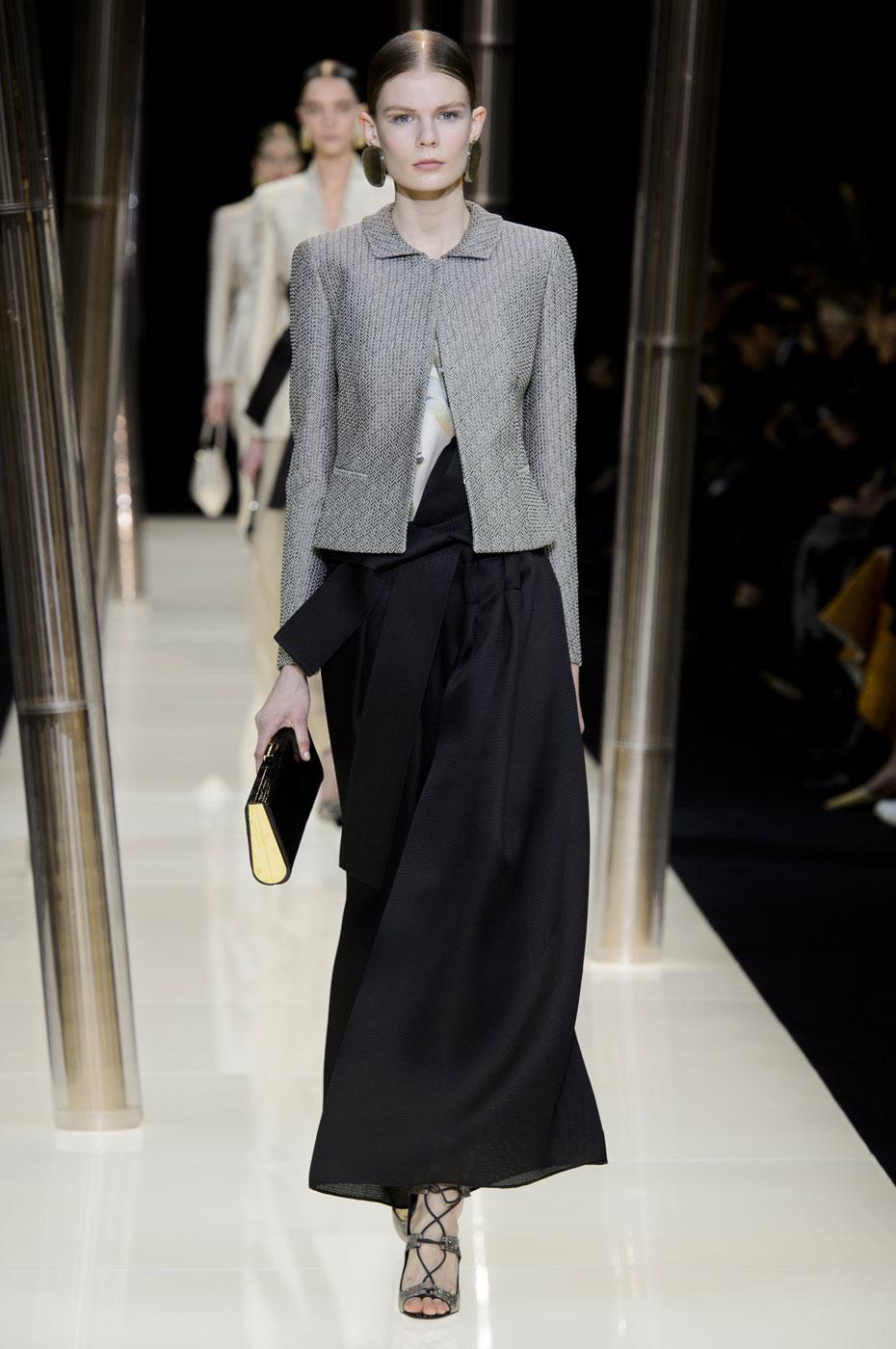 Giorgio-armani-Prive-fashion-runway-show-haute-couture-paris-spring-2015-the-impression-015