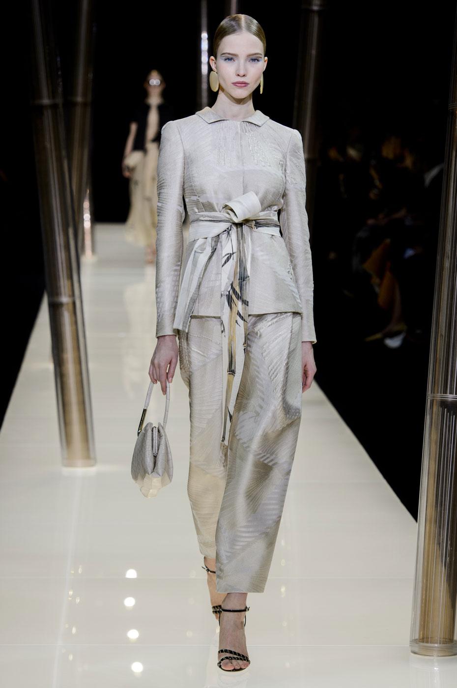 Giorgio-armani-Prive-fashion-runway-show-haute-couture-paris-spring-2015-the-impression-019