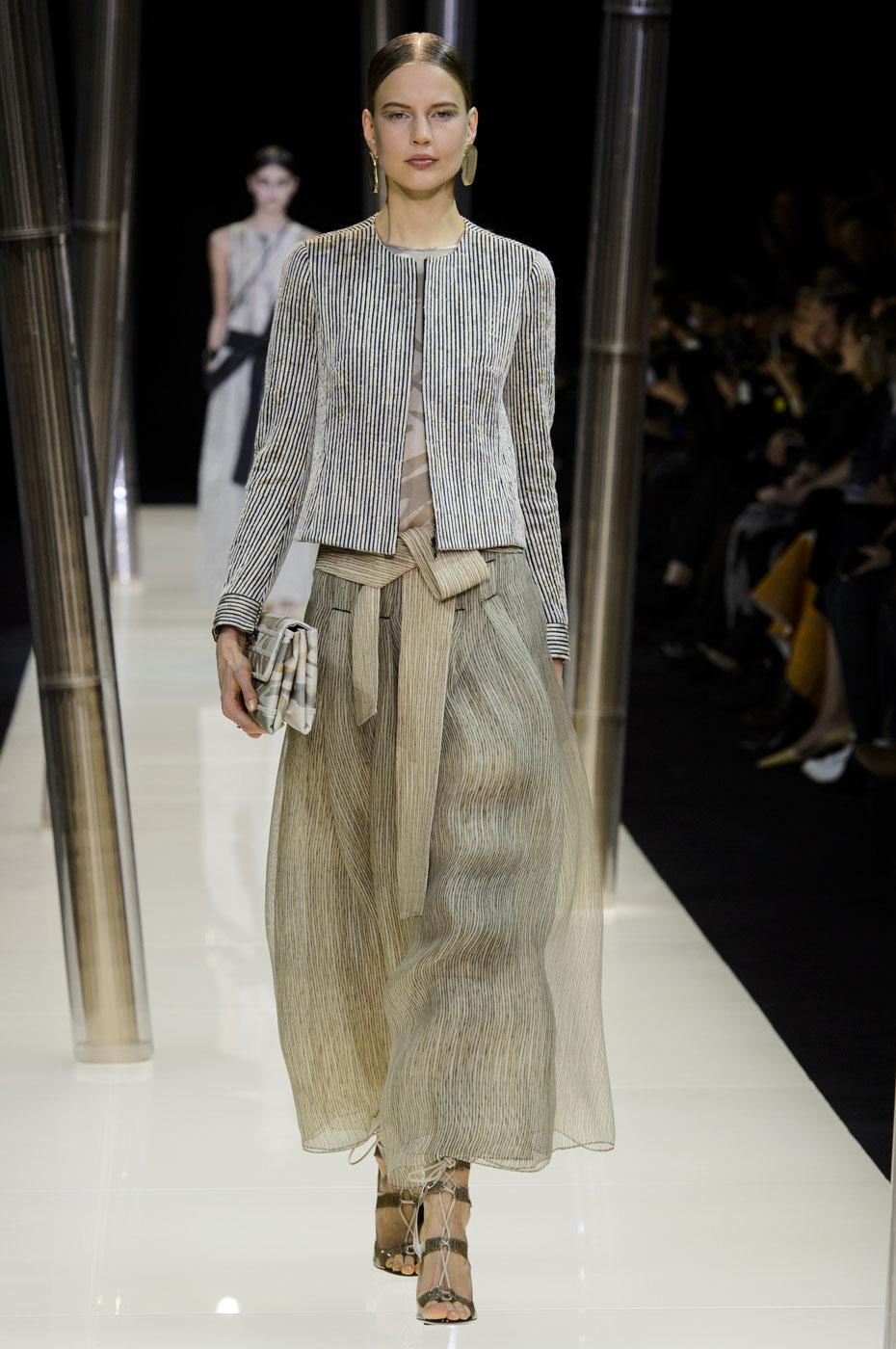 Giorgio-armani-Prive-fashion-runway-show-haute-couture-paris-spring-2015-the-impression-025