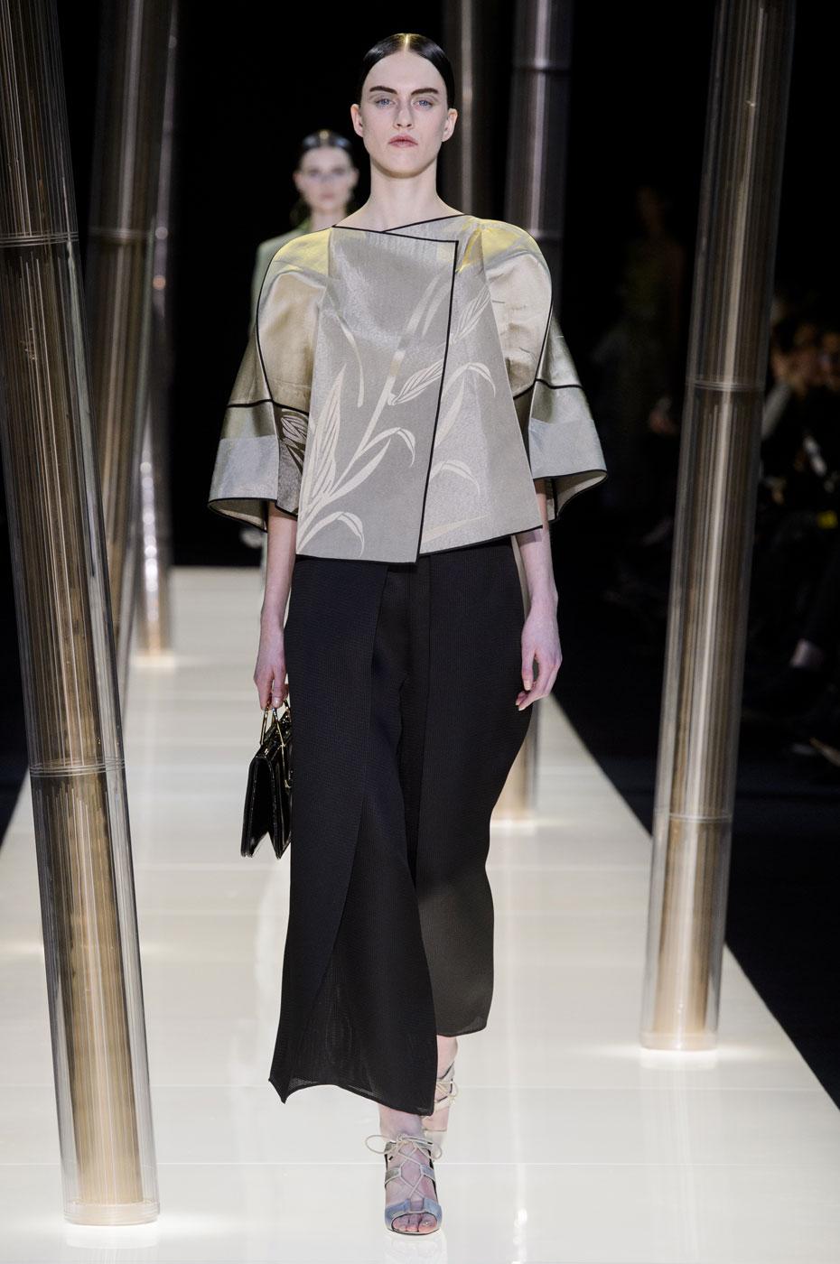 Giorgio-armani-Prive-fashion-runway-show-haute-couture-paris-spring-2015-the-impression-033