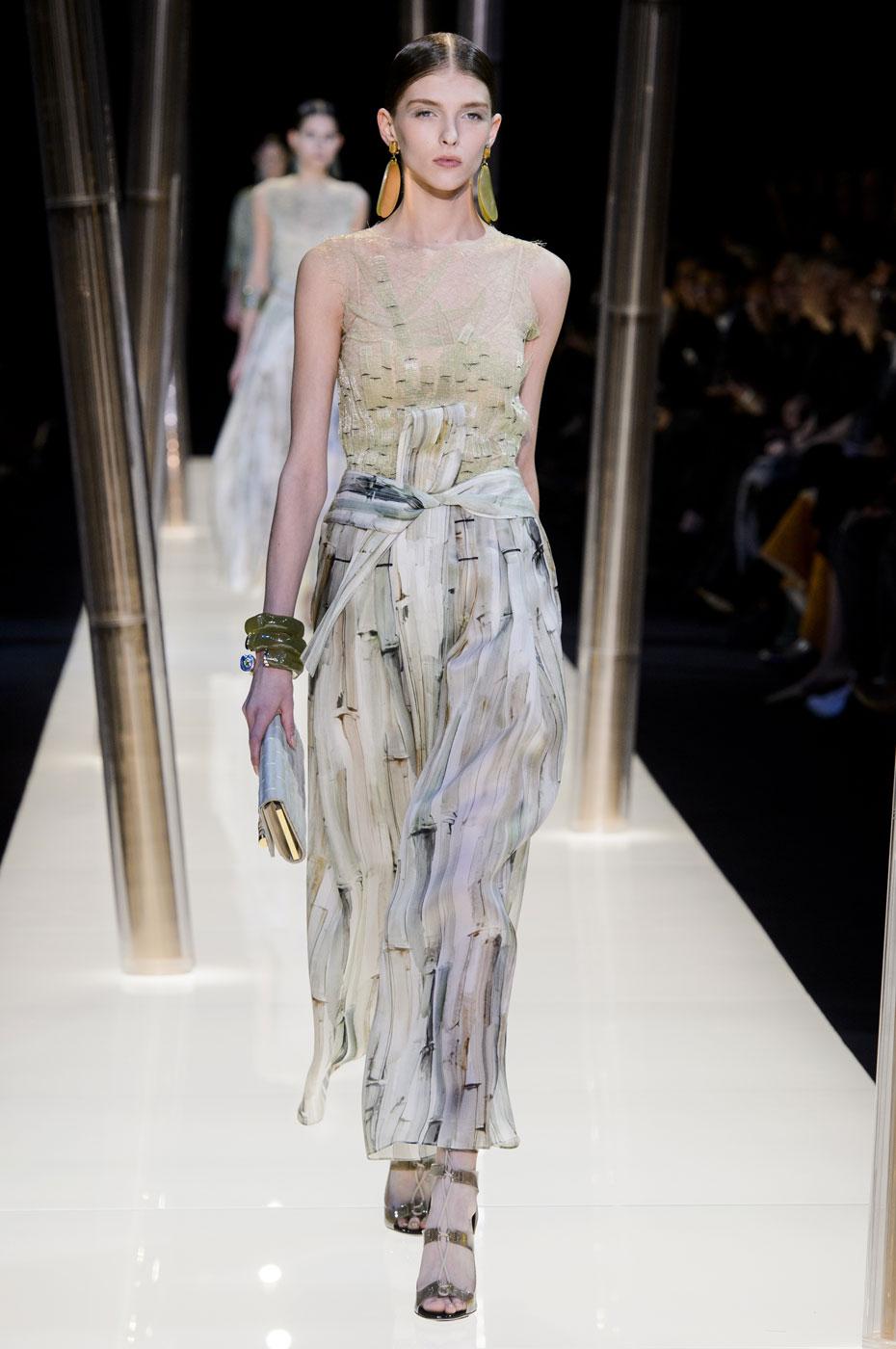 Giorgio-armani-Prive-fashion-runway-show-haute-couture-paris-spring-2015-the-impression-037