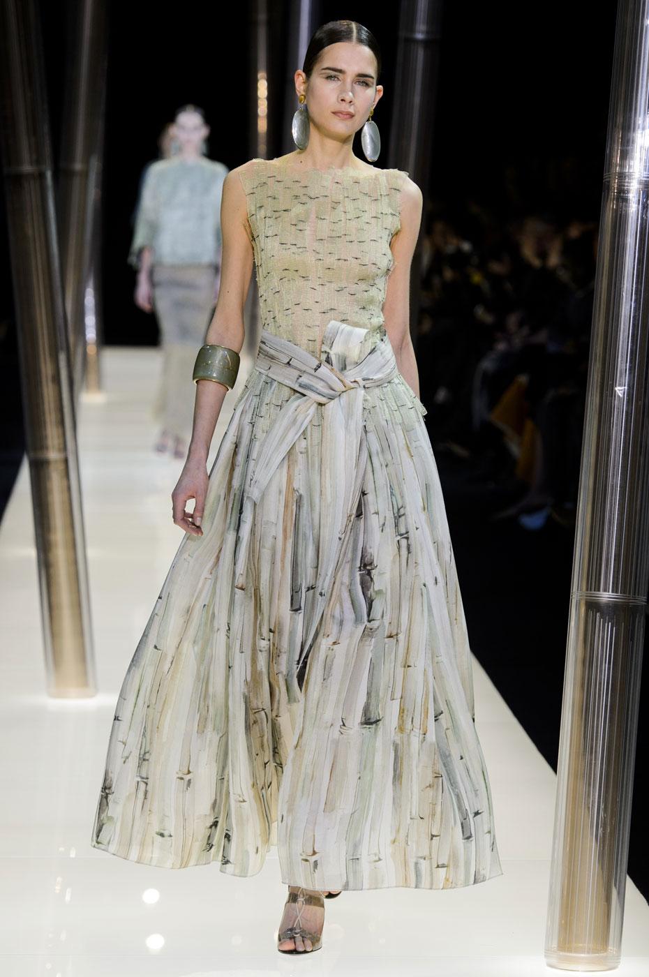 Giorgio-armani-Prive-fashion-runway-show-haute-couture-paris-spring-2015-the-impression-039