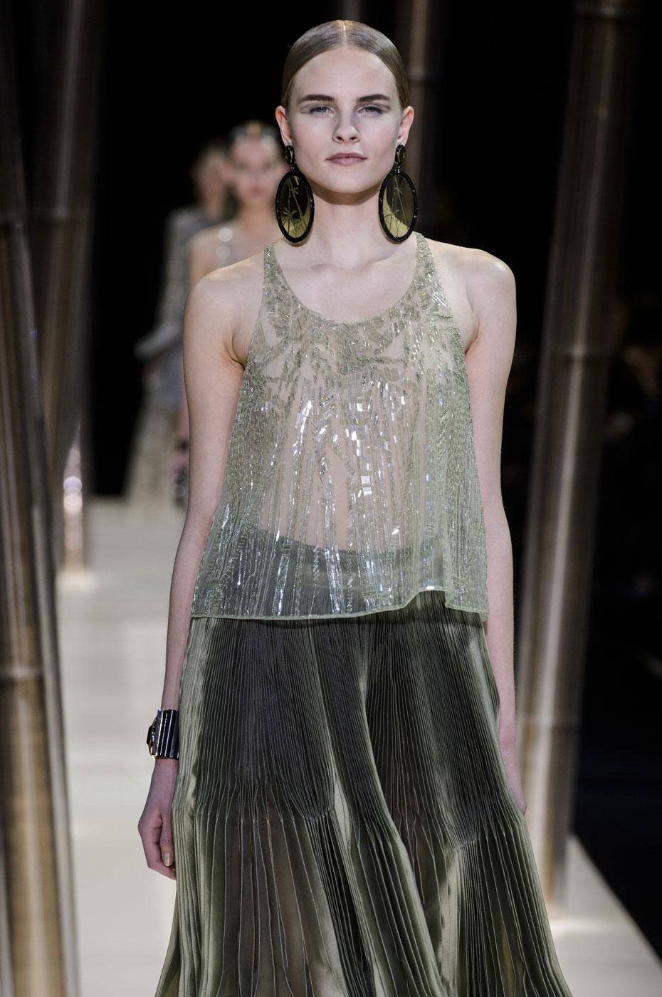 Giorgio-armani-Prive-fashion-runway-show-haute-couture-paris-spring-2015-the-impression-058