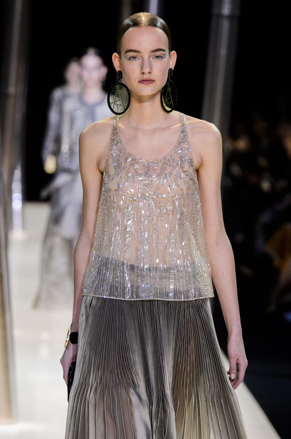 Giorgio-armani-Prive-fashion-runway-show-haute-couture-paris-spring-2015-the-impression-060