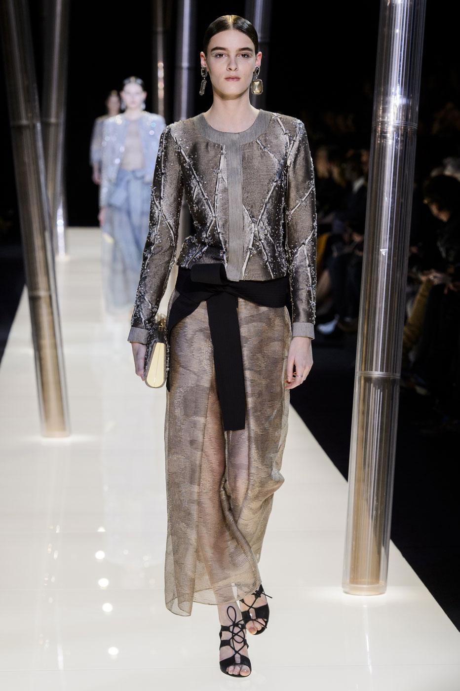Giorgio-armani-Prive-fashion-runway-show-haute-couture-paris-spring-2015-the-impression-063