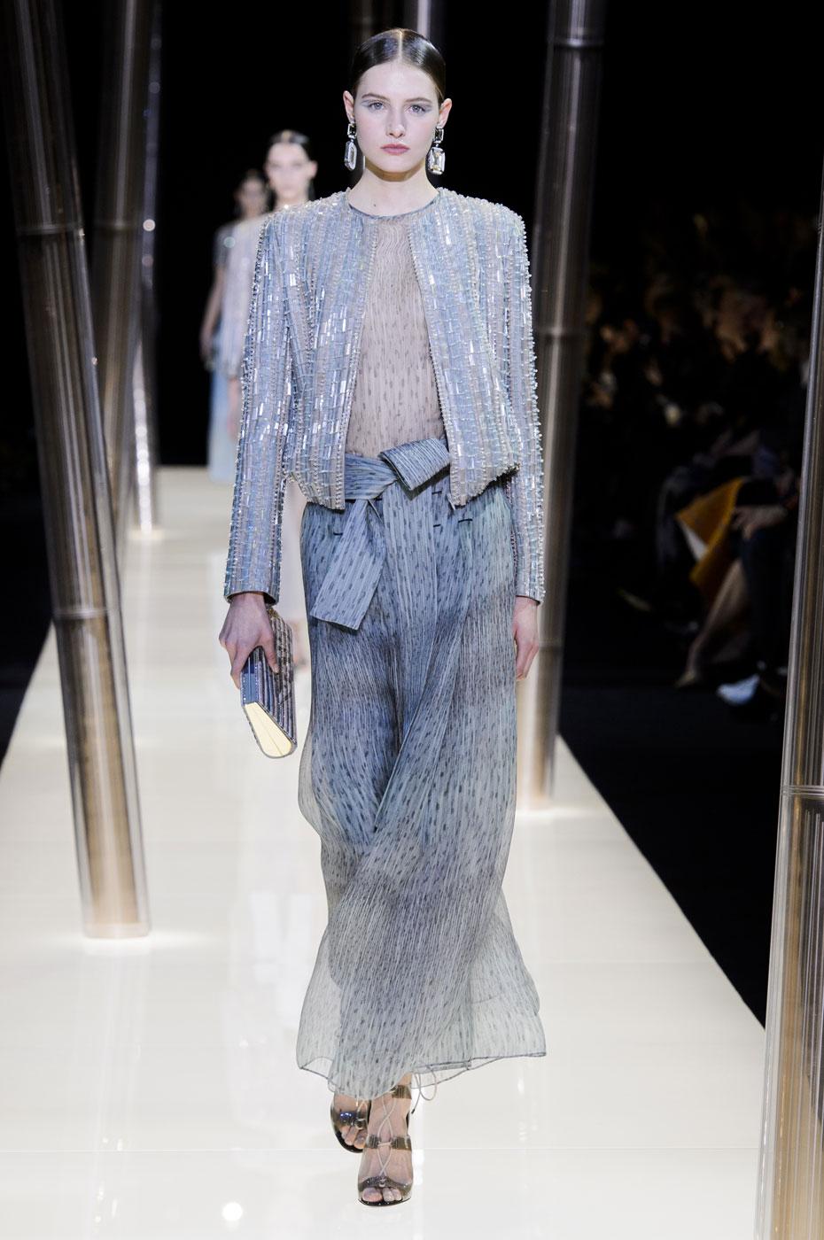 Giorgio-armani-Prive-fashion-runway-show-haute-couture-paris-spring-2015-the-impression-065