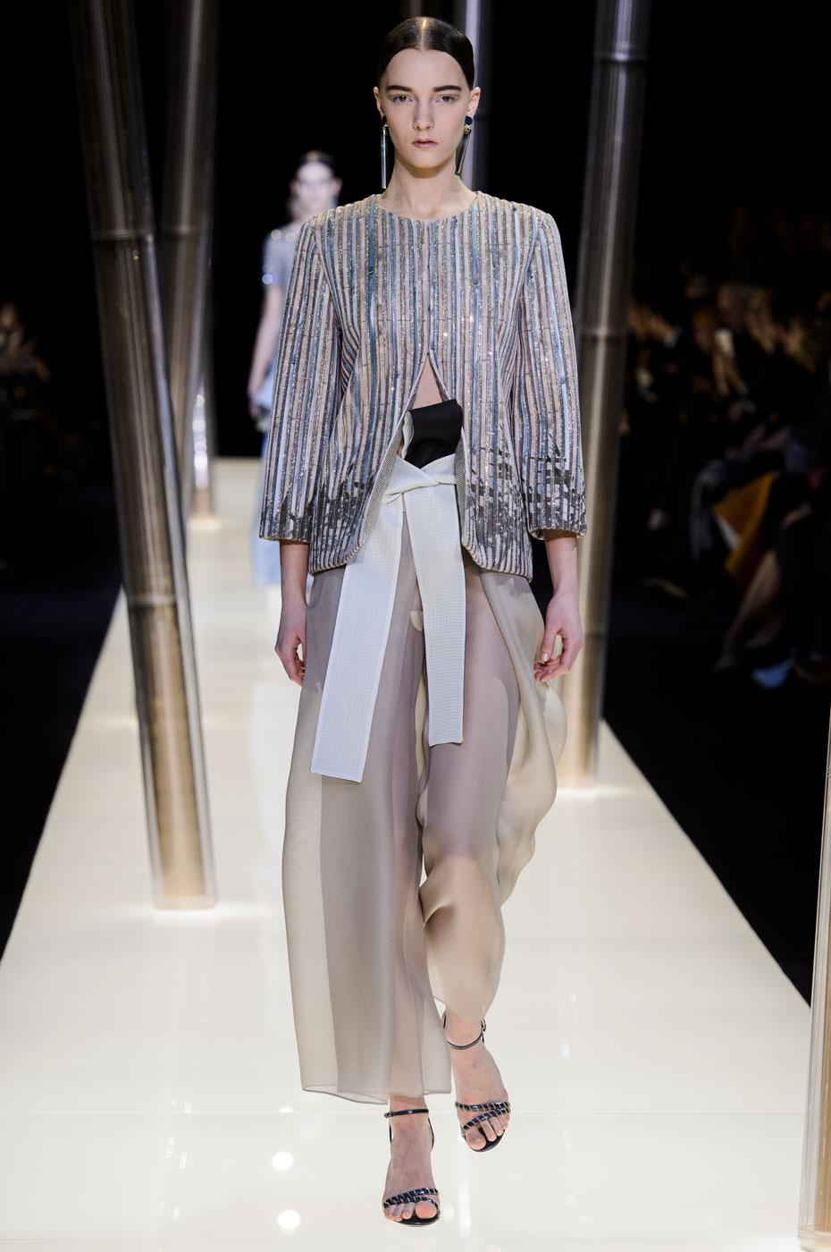 Giorgio-armani-Prive-fashion-runway-show-haute-couture-paris-spring-2015-the-impression-067