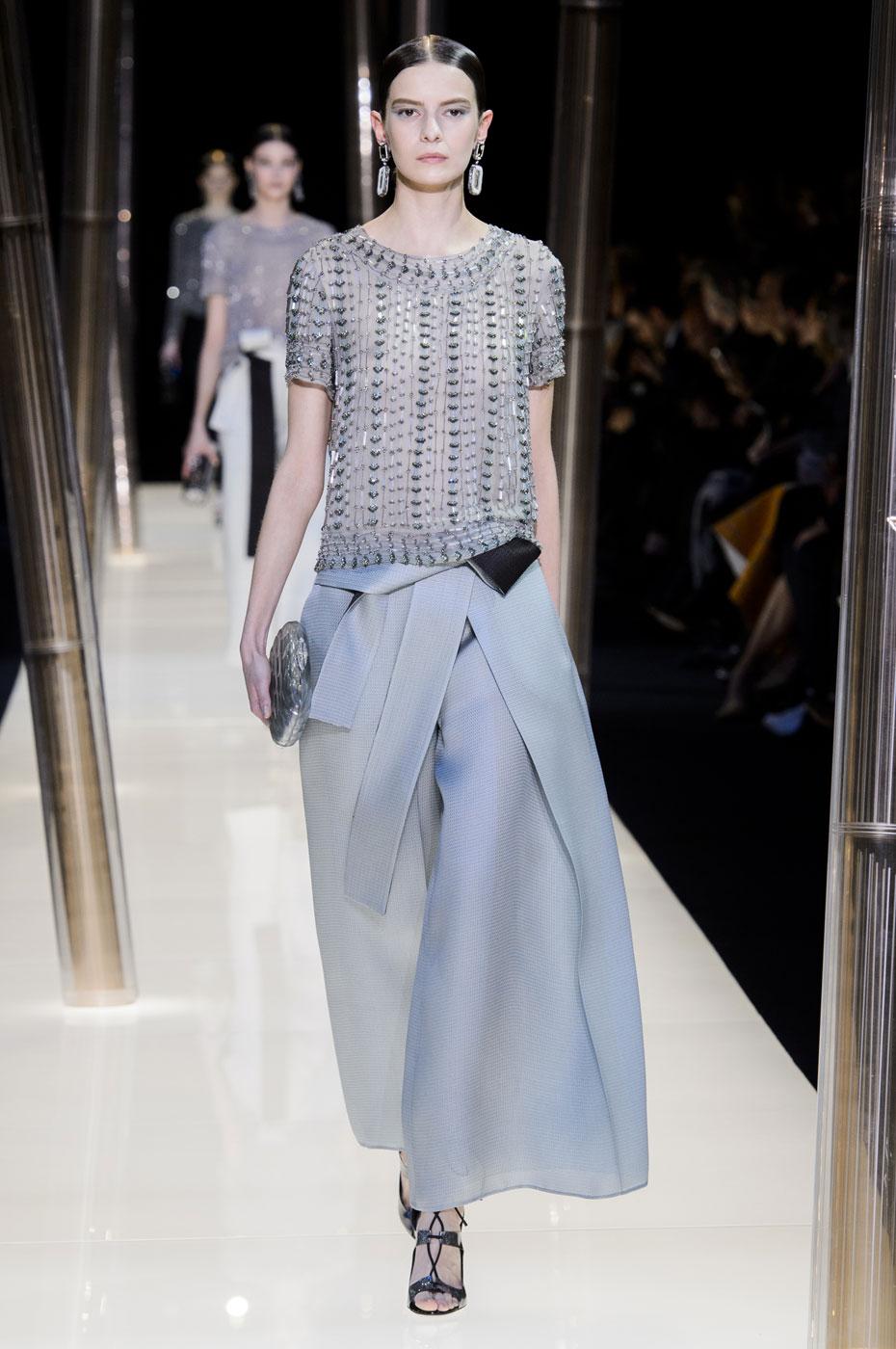 Giorgio-armani-Prive-fashion-runway-show-haute-couture-paris-spring-2015-the-impression-069