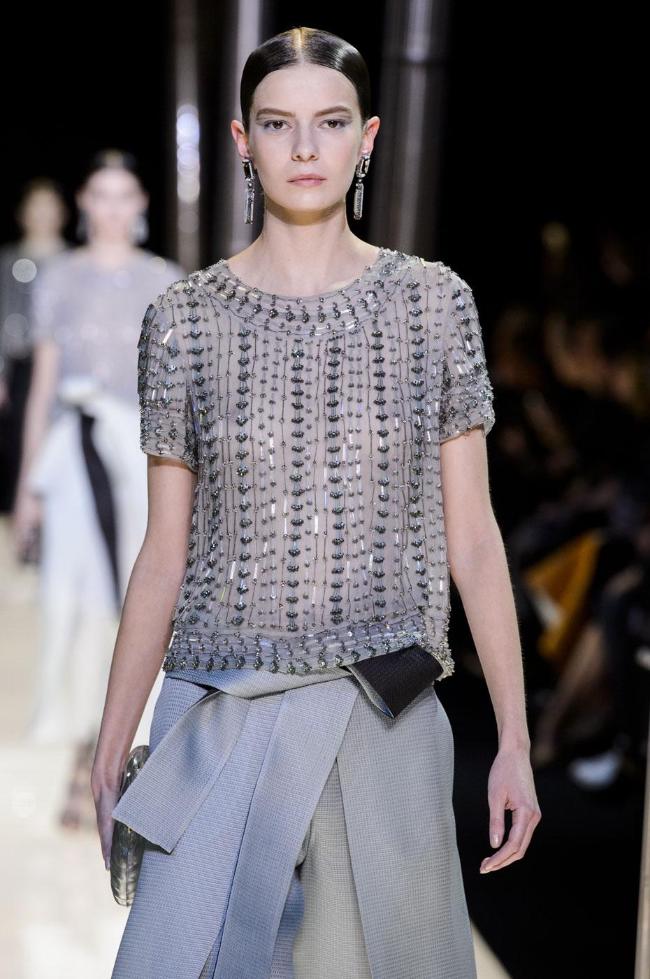 Giorgio-armani-Prive-fashion-runway-show-haute-couture-paris-spring-2015-the-impression-070