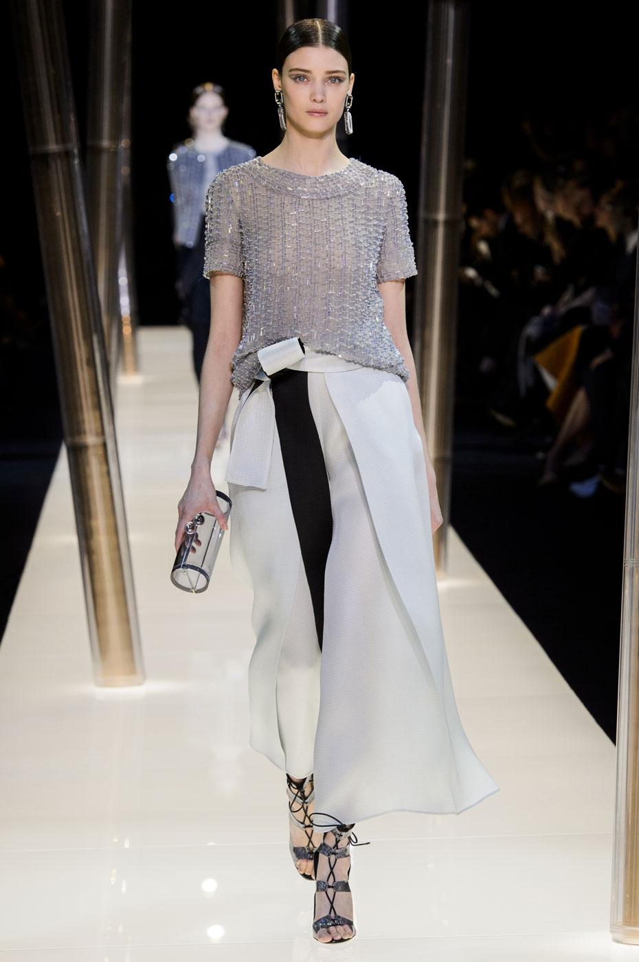 Giorgio-armani-Prive-fashion-runway-show-haute-couture-paris-spring-2015-the-impression-071