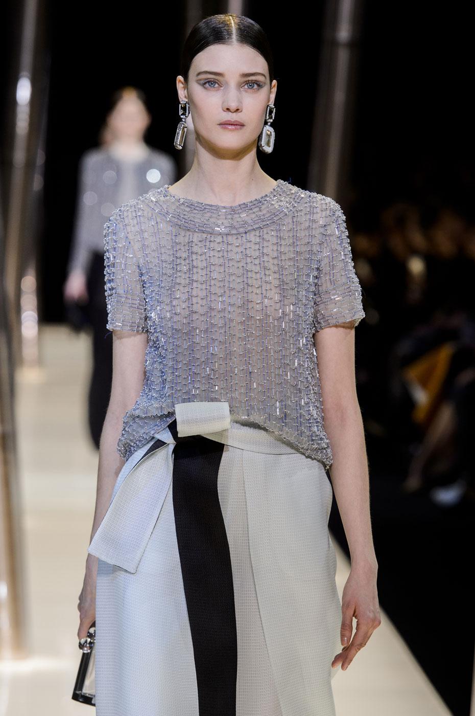 Giorgio-armani-Prive-fashion-runway-show-haute-couture-paris-spring-2015-the-impression-072