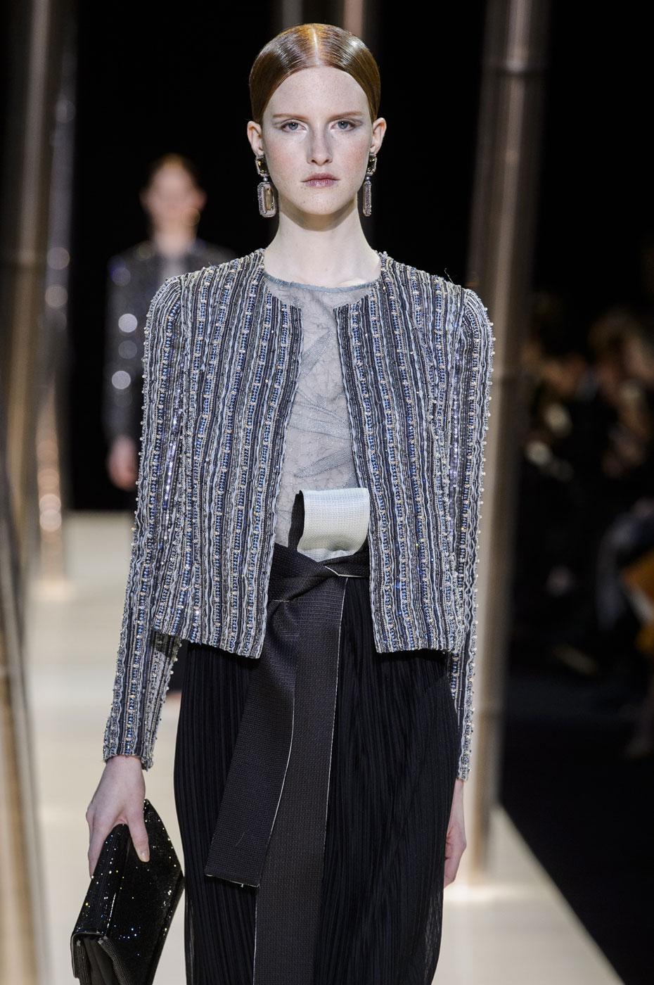 Giorgio-armani-Prive-fashion-runway-show-haute-couture-paris-spring-2015-the-impression-074