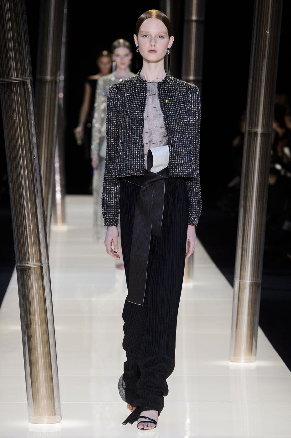Giorgio-armani-Prive-fashion-runway-show-haute-couture-paris-spring-2015-the-impression-075
