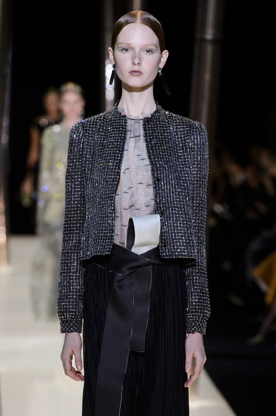 Giorgio-armani-Prive-fashion-runway-show-haute-couture-paris-spring-2015-the-impression-076