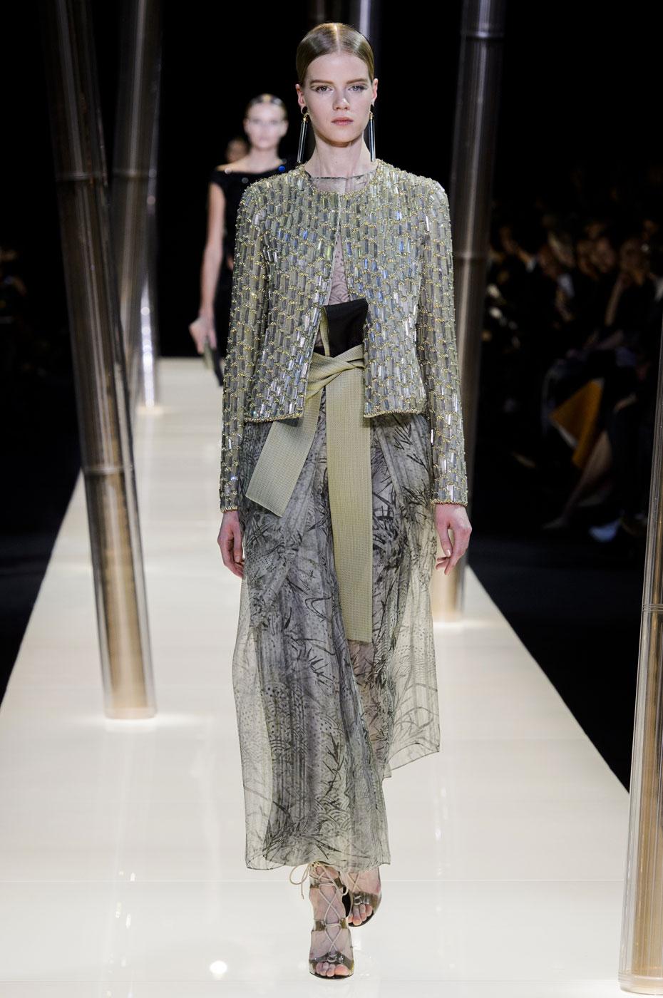 Giorgio-armani-Prive-fashion-runway-show-haute-couture-paris-spring-2015-the-impression-077