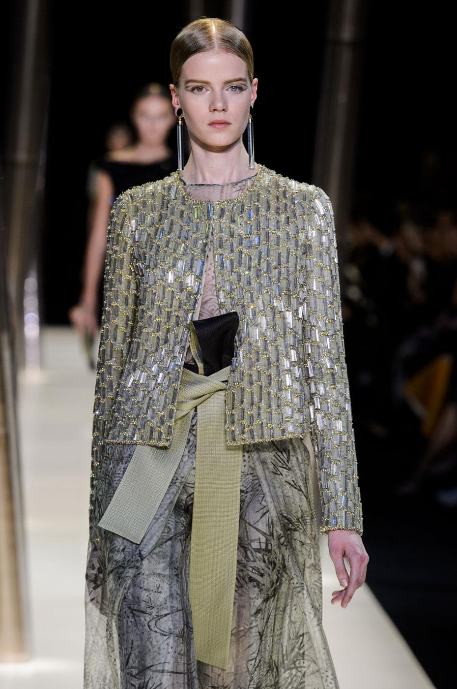 Giorgio-armani-Prive-fashion-runway-show-haute-couture-paris-spring-2015-the-impression-078