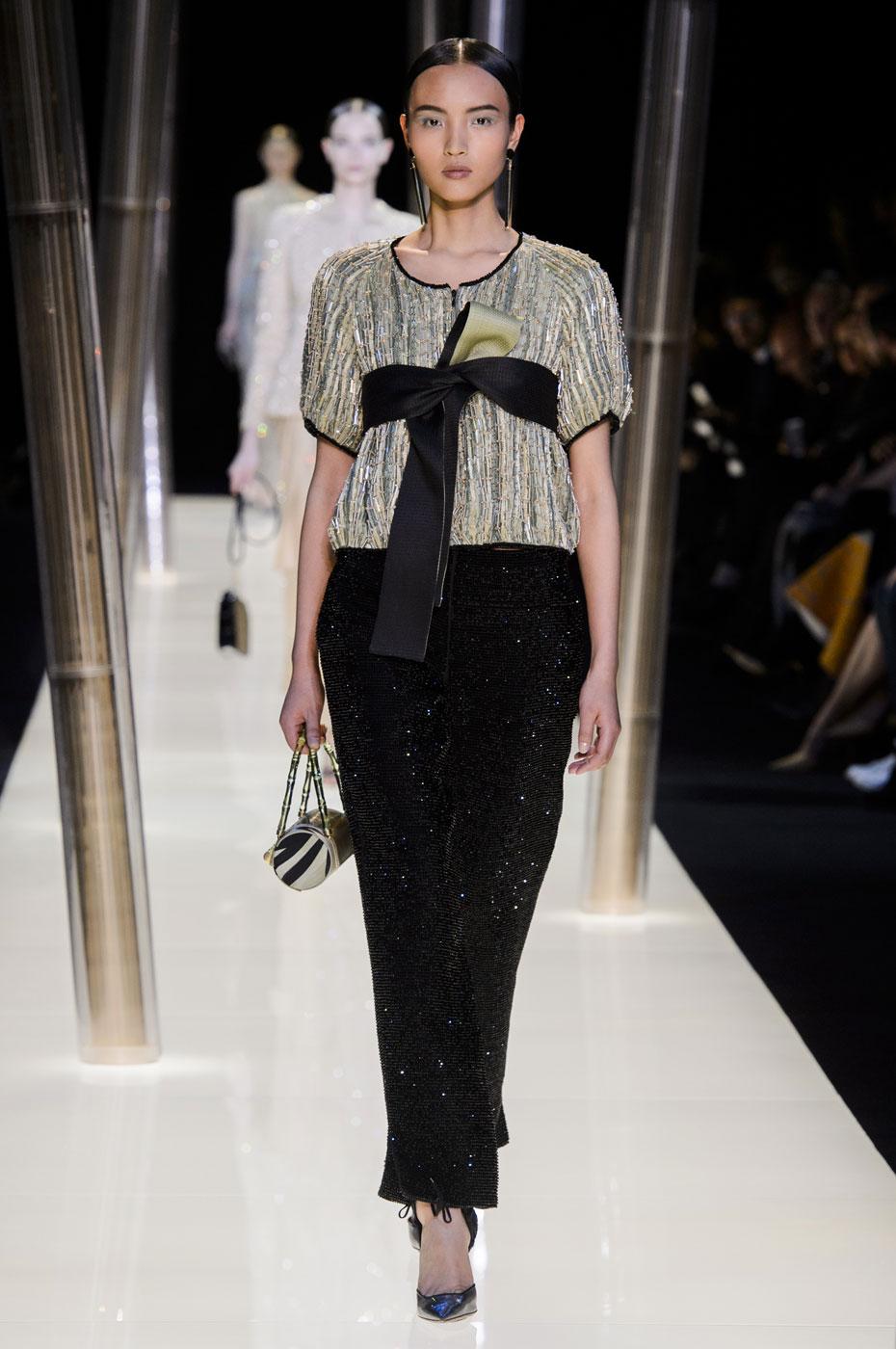 Giorgio-armani-Prive-fashion-runway-show-haute-couture-paris-spring-2015-the-impression-081