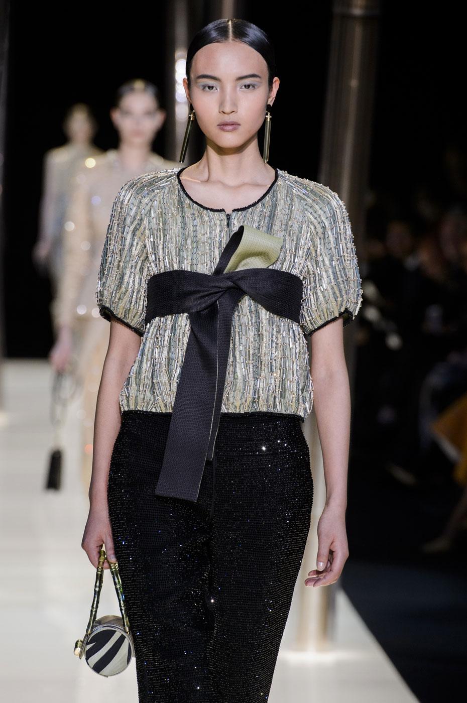 Giorgio-armani-Prive-fashion-runway-show-haute-couture-paris-spring-2015-the-impression-082